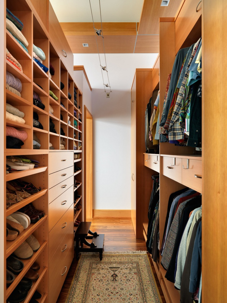 Small Oak Wood Walk In Closet