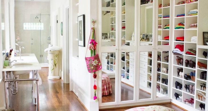 18+ Small Walk In Closet Designs, ideas | Design Trends - Premium ...