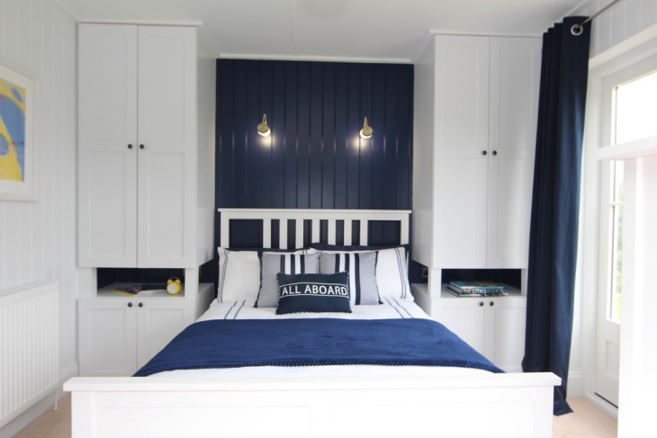 Navy Blue Bedroom Design with Blue plank wooden wardrobes