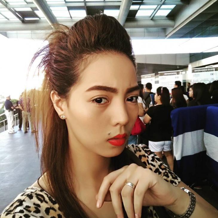 Model Bun Teased Hairstyle