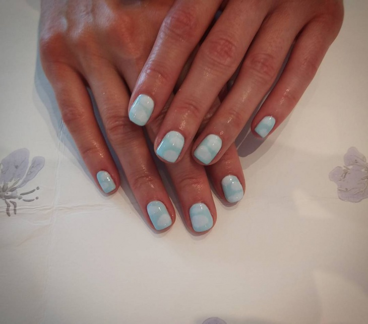 cloud effect nail art