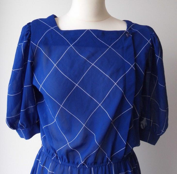 vintage style blouson midi outfit