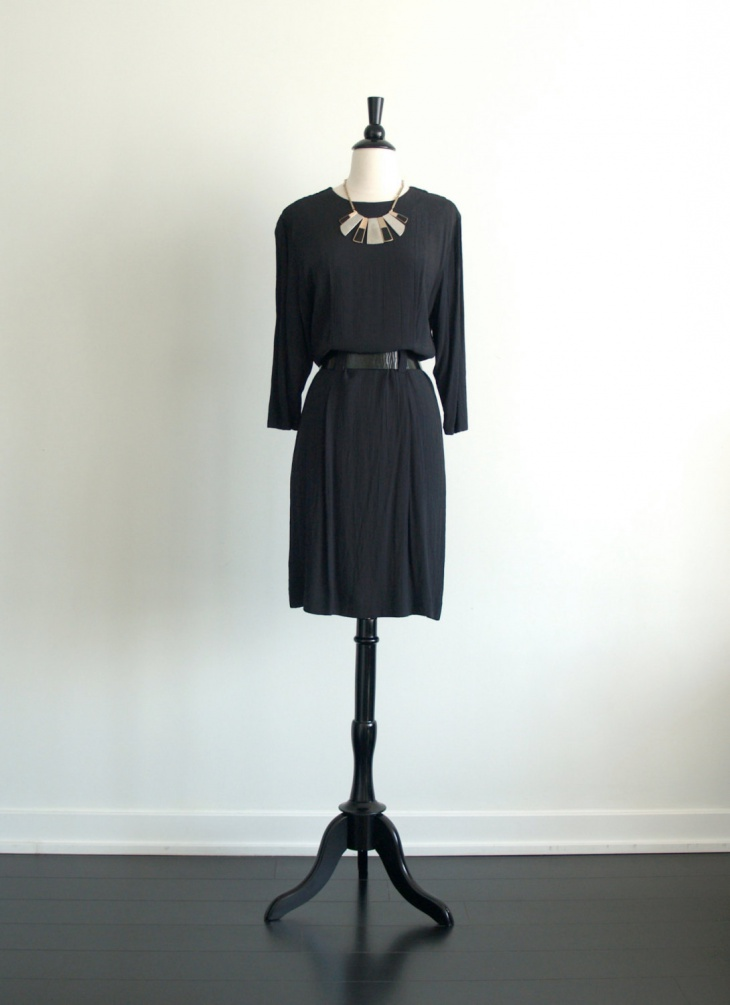 trendy black blouson outfit