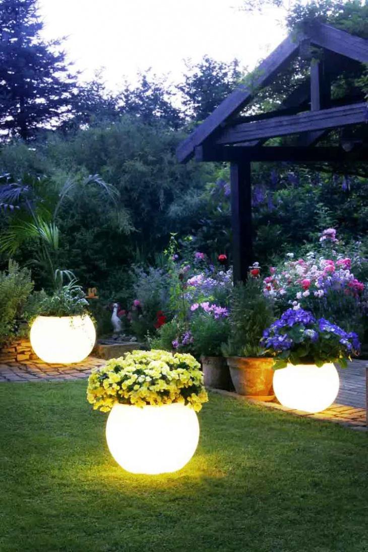 orb flower garden light