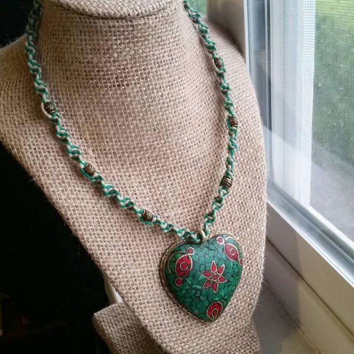 beautiful mosaic pendant necklace