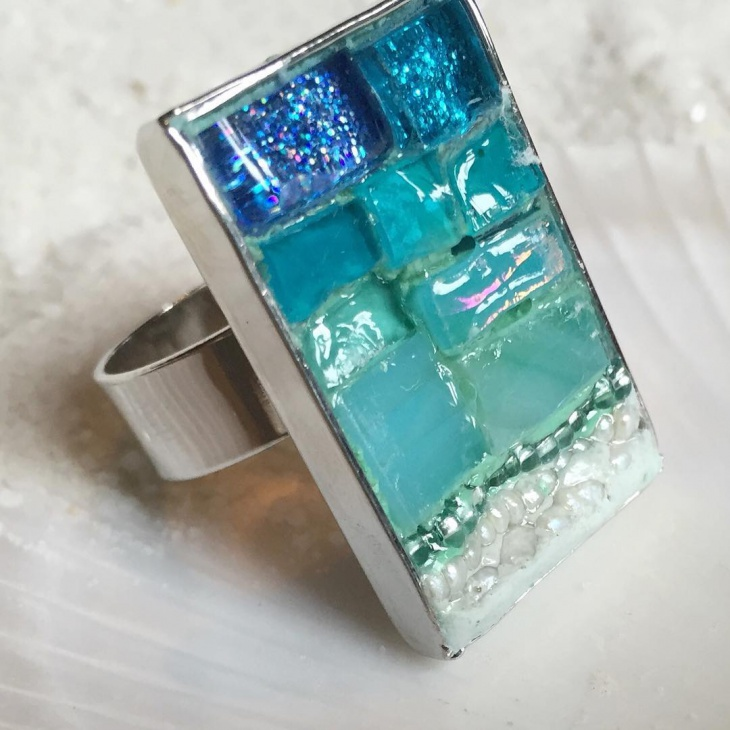 glass mosaic ring design