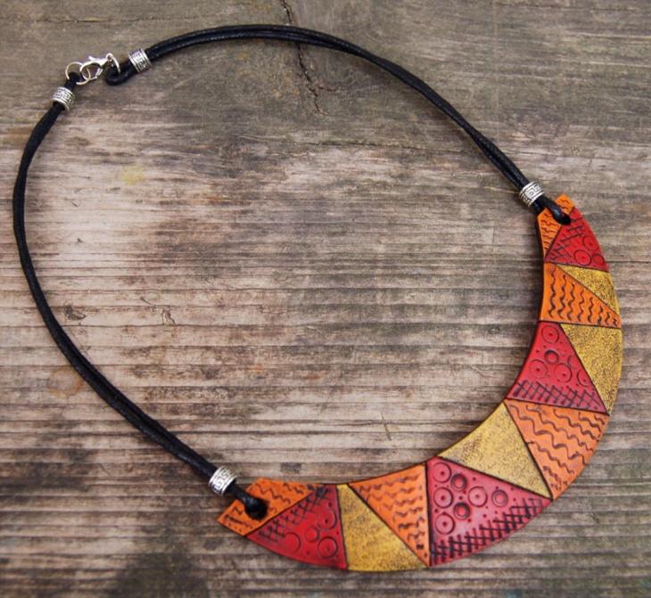mosaic bib necklace design