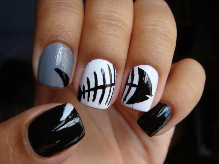 fish skelly nail design