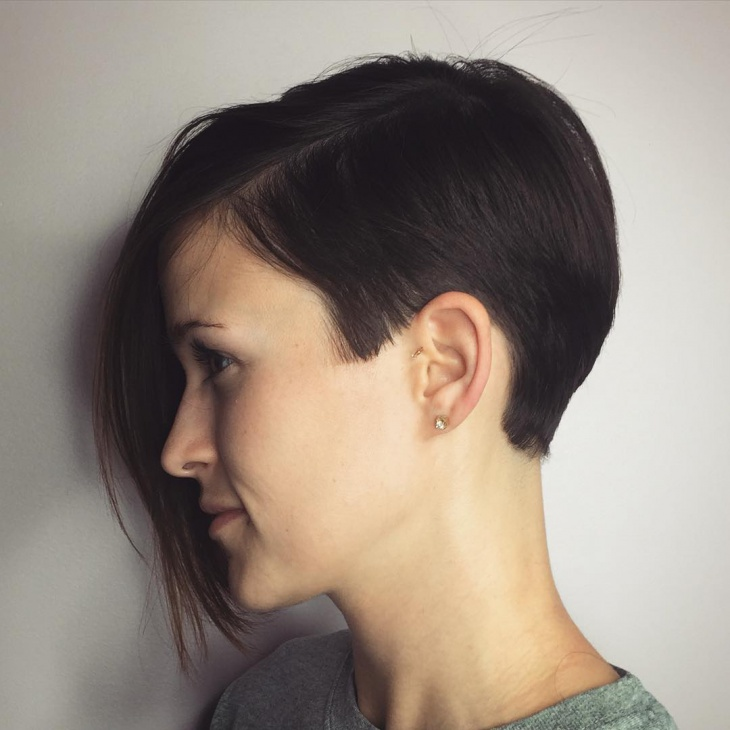 21+ Asymmetrical Pixie Haircut Ideas, Designs