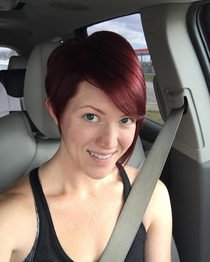 red color pixie haircut
