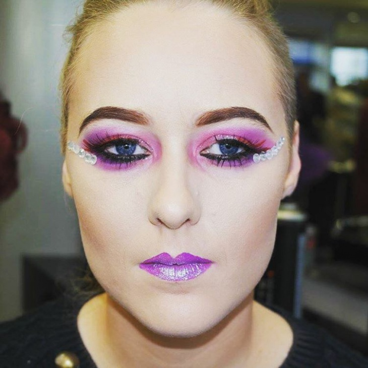 purple masquearde makeup idea