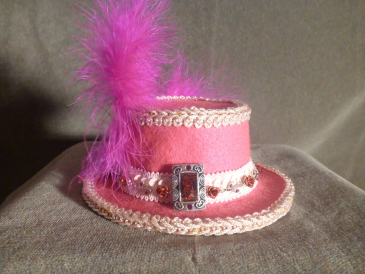 pink feather hat