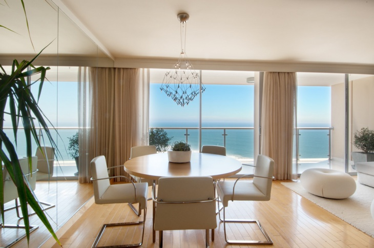 beach view round dining room