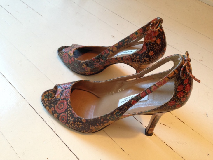 floral print mosaic shoes