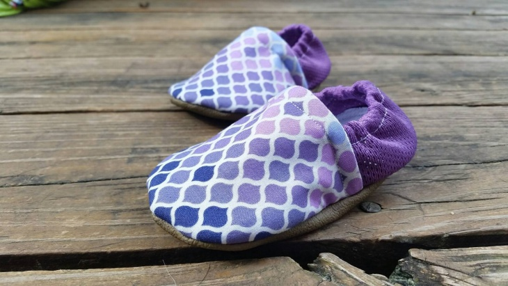 purple color kids shoes idea