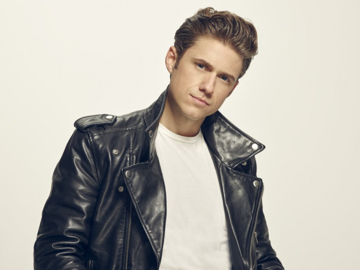 aaron tveit thick greaser haircut