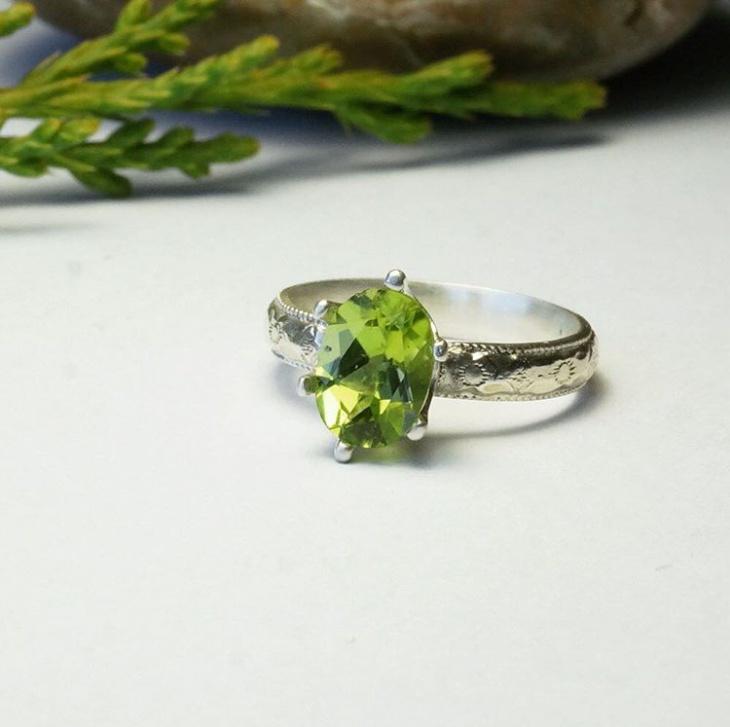 Peridot Diamond Jewelry Idea