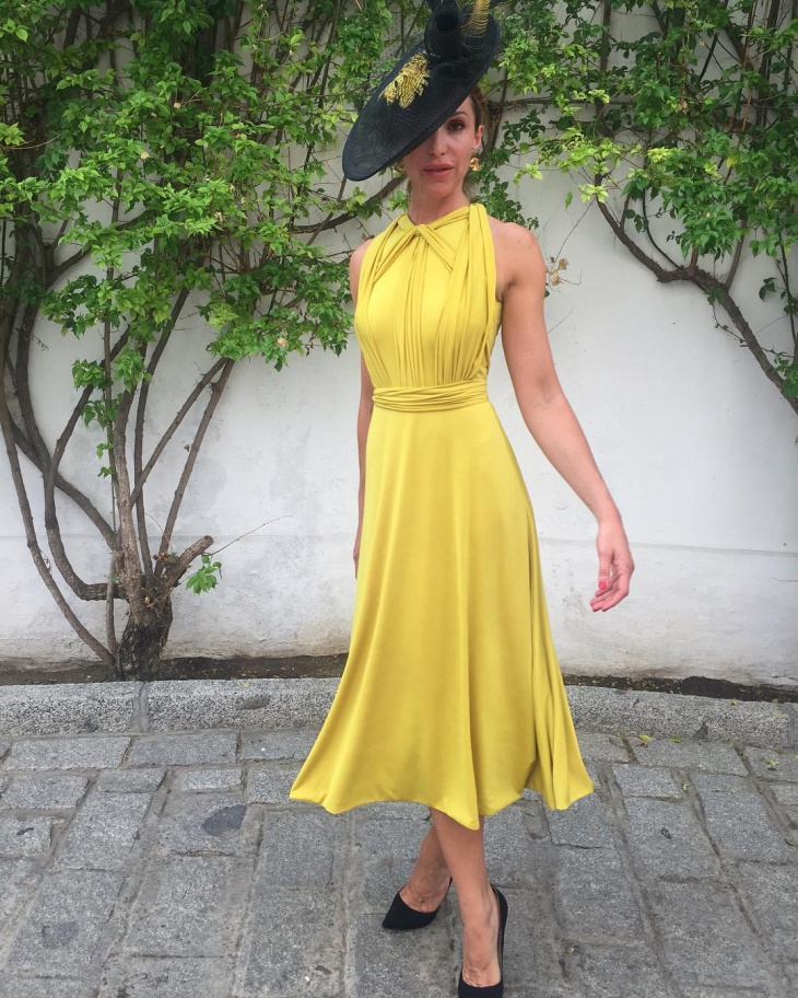 Classic Yellow Color Outfit Idea