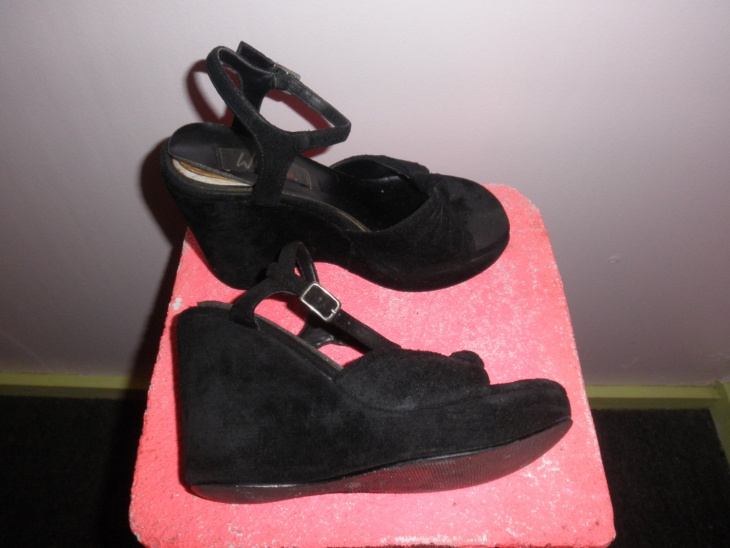 Bubble Goth Shoes