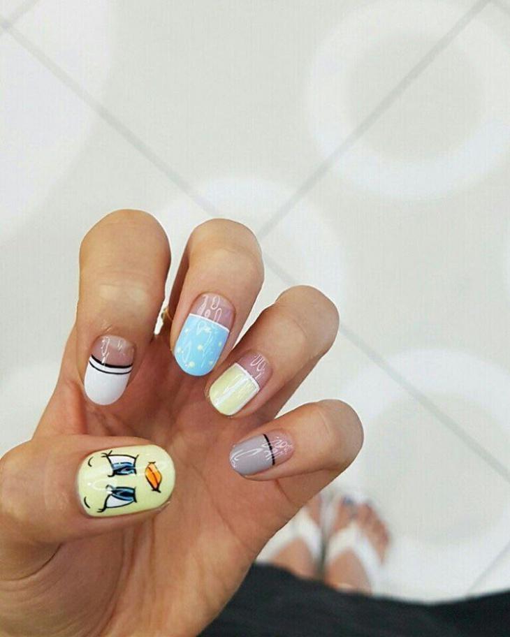 cool tweety nail art idea