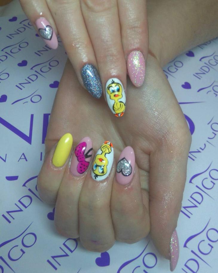 crazy tweety bird nails