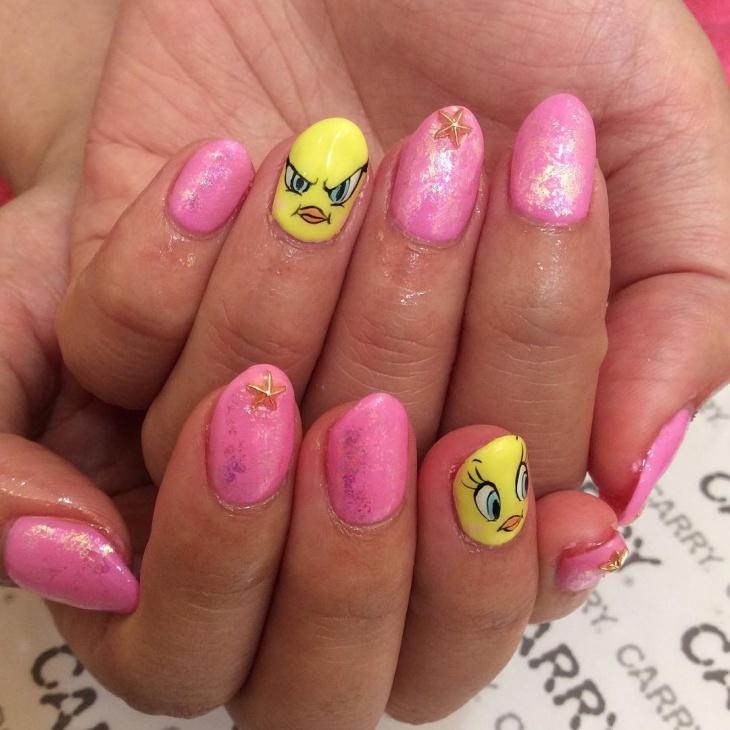 beautiful tweety nail design idea