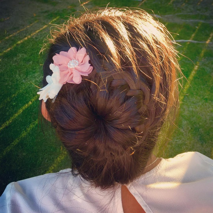 pretty lace braid bun hairstyle