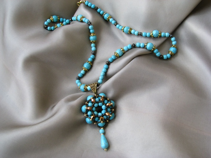 pearl beaded necklace design