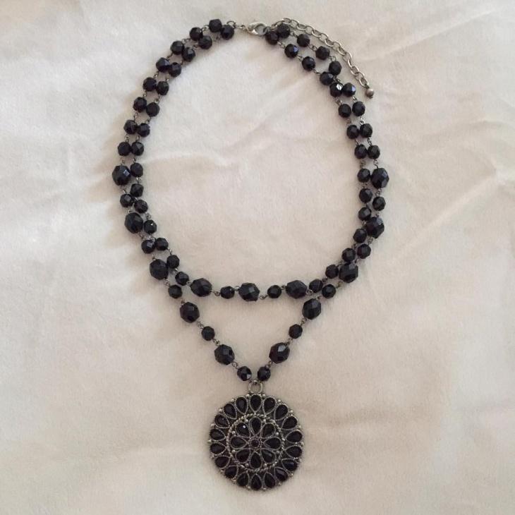 Black Beaded Pendant Idea