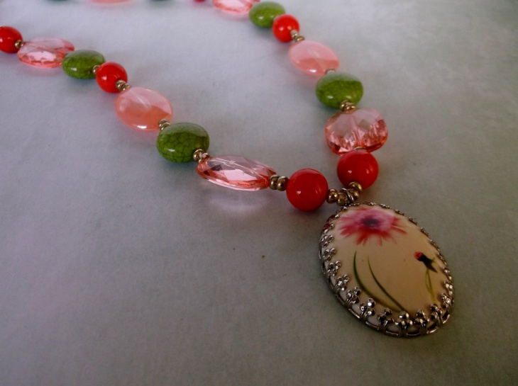 Green and Coral Beaded Necklace