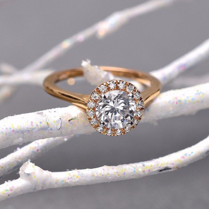 gold snowflake ring design