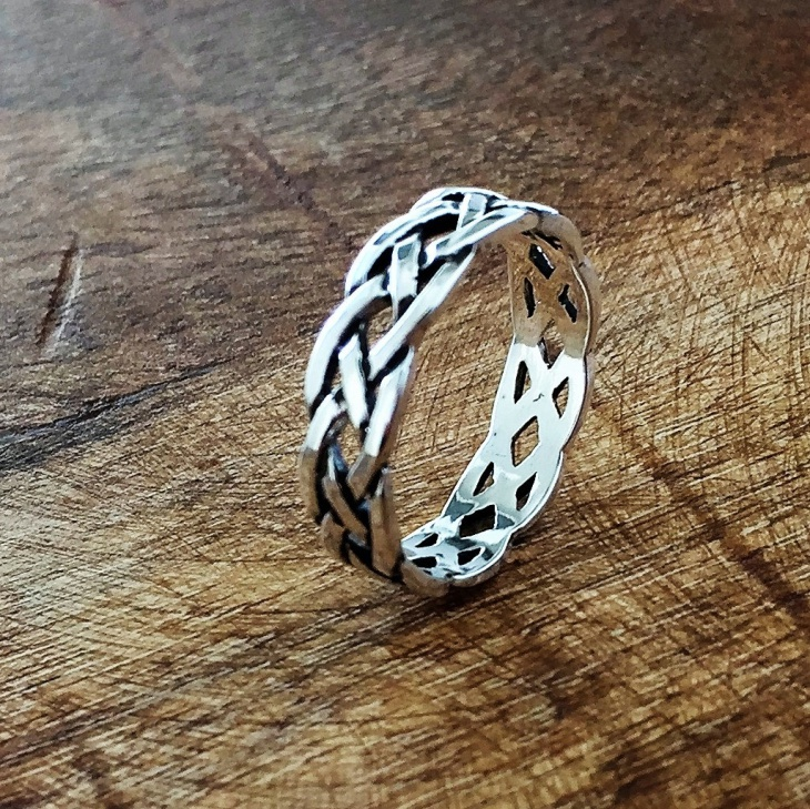 Celtic Eternity Ring Design