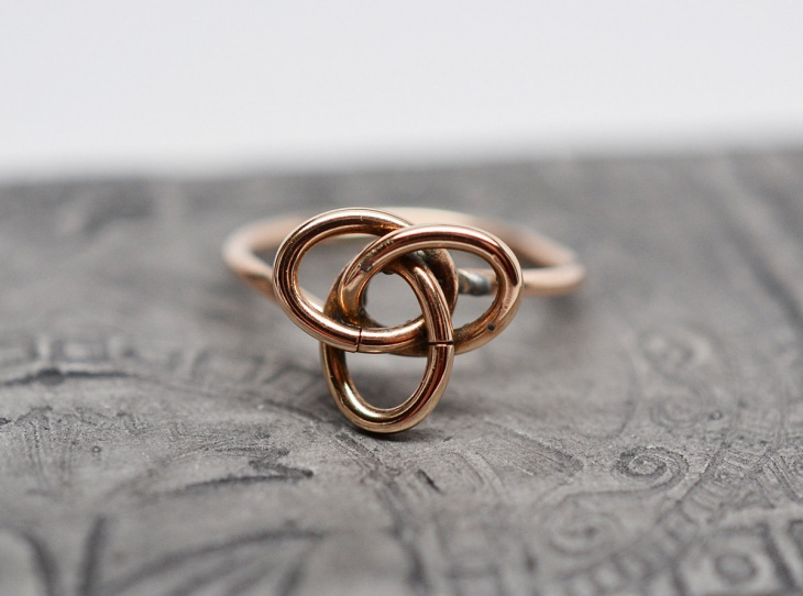 Celtic Trinity Knot Ring Idea