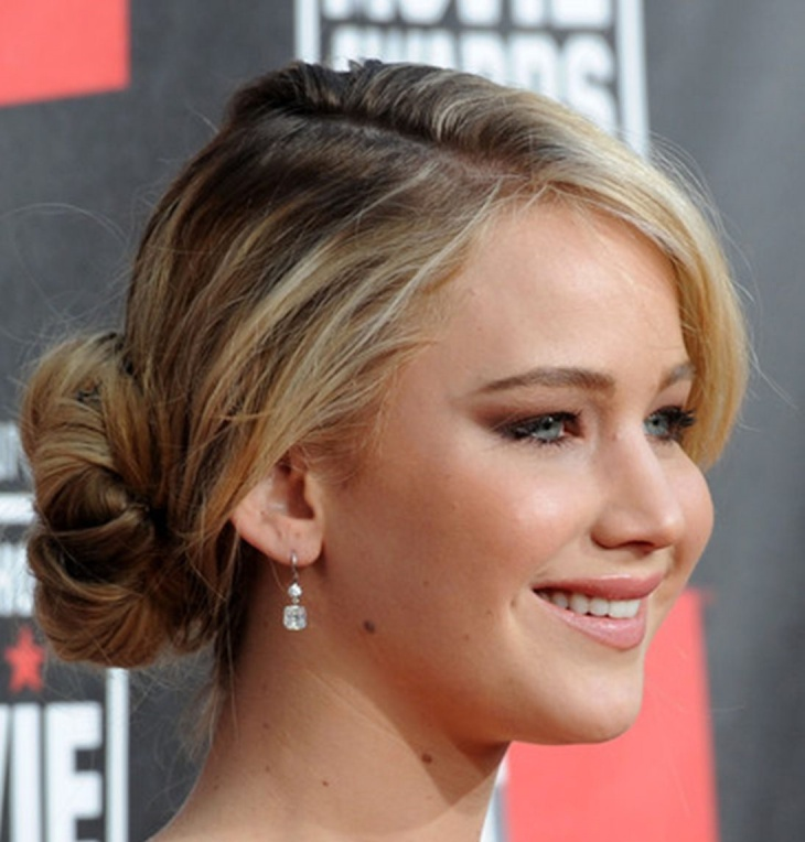 jennifer lawrence low bun hairstyle