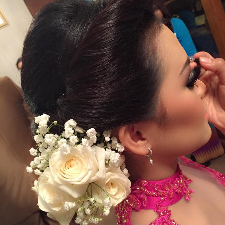 Low Bun Hairstyle for Wedding