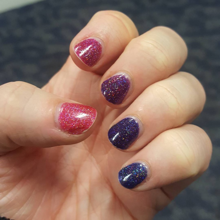 holographic nail design for short nails