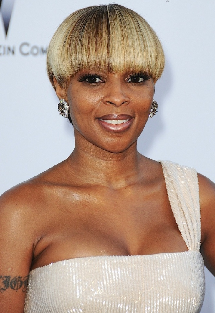 Mary J. Blige Caramel Bowl Cut Bob Hairstyle