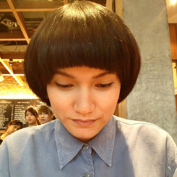 Lovely Mushroom Hairstyle for Thick Hair
