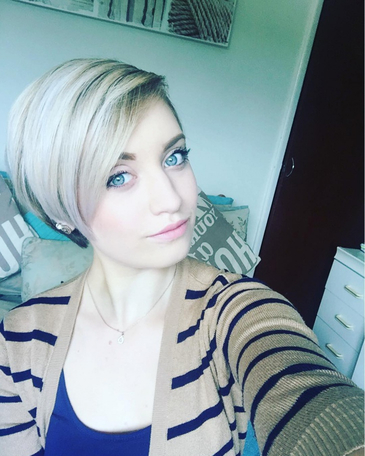pixie side parted hairstyle