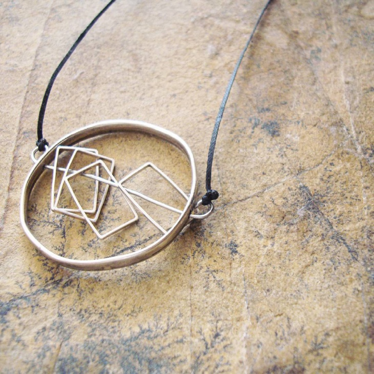 modern geometric jewelry
