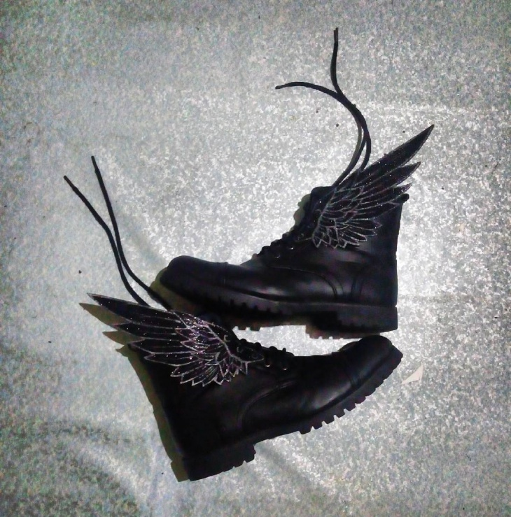 Black Winged Shoes