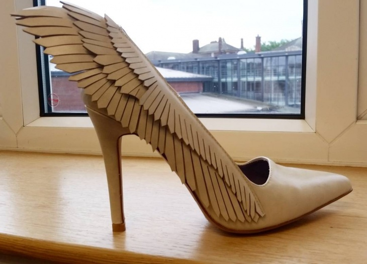 high heel winged shoes