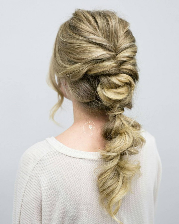 Modern Knotted Ponytail