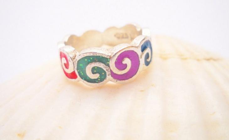 rainbow wave ring design1