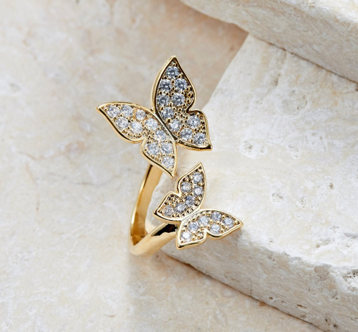 Adjustable Butterfly Ring Design