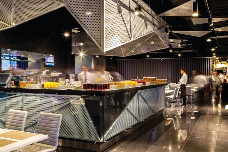 the platinum restaurant