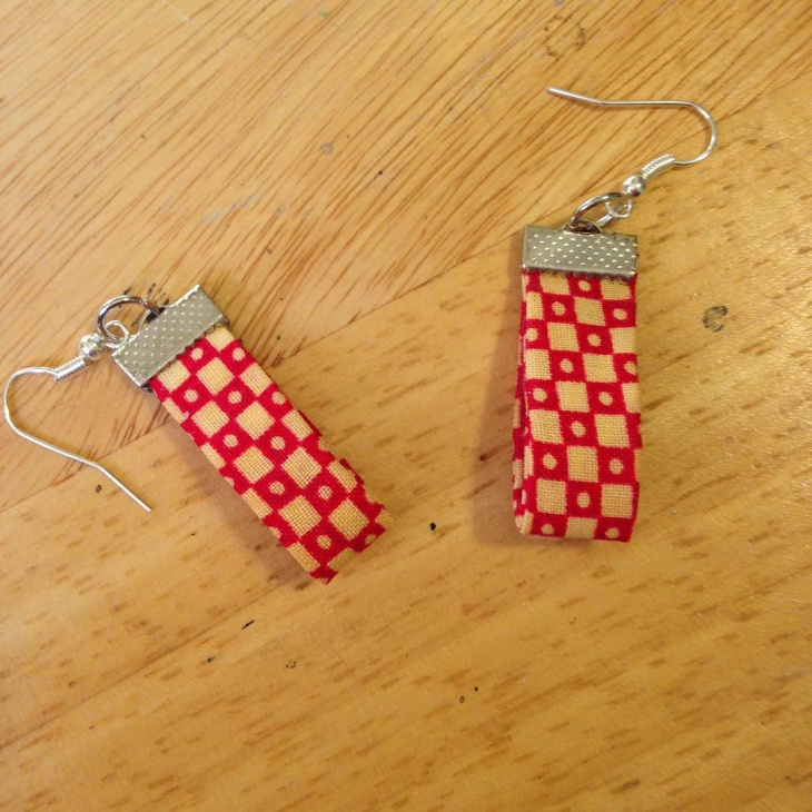 Simple Fabric Earrings Design