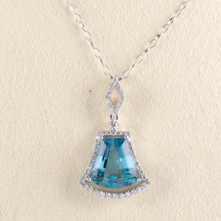 diamond aquamarine pendant
