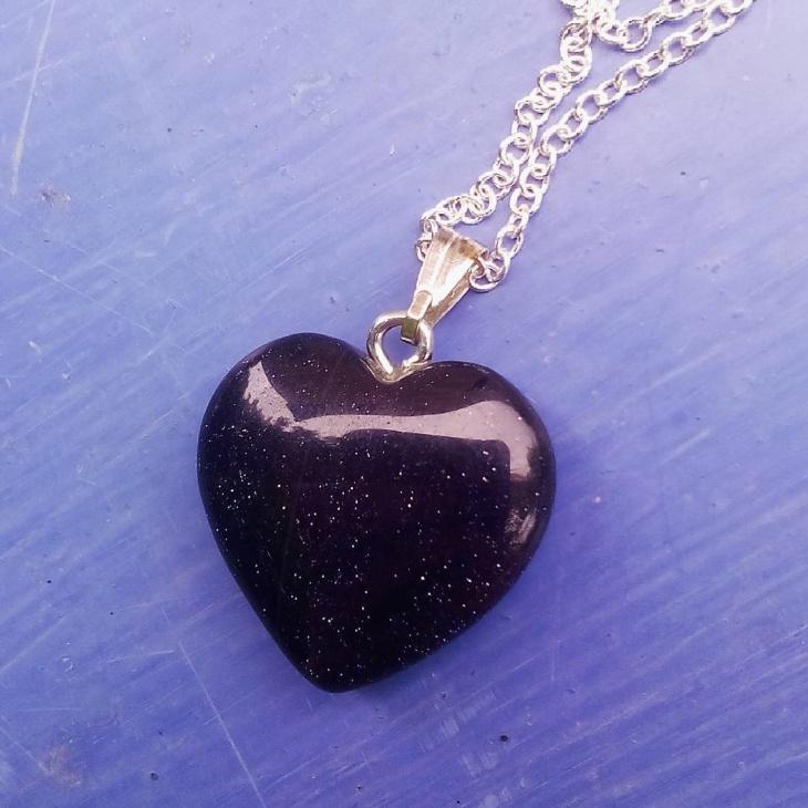 black stone pendant necklace