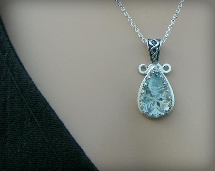 snowflake stone pendant necklace